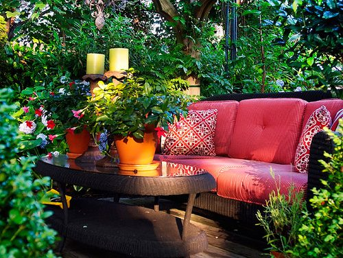 Intimate Setting for Al Fresco Dining